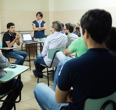 Porquê que o empreendedorismo cívico-social é o antídoto para a crise humana na América Latina