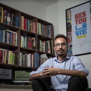 Folha de S. Paulo – Pena de multa atrasa recomeço de vida de pessoas que saem da prisão – 14/11/2020