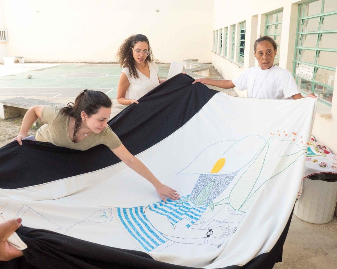 Instituto Igarapé visita cooperativa implantada pelo H360 para estudo sobre trabalho no cárcere