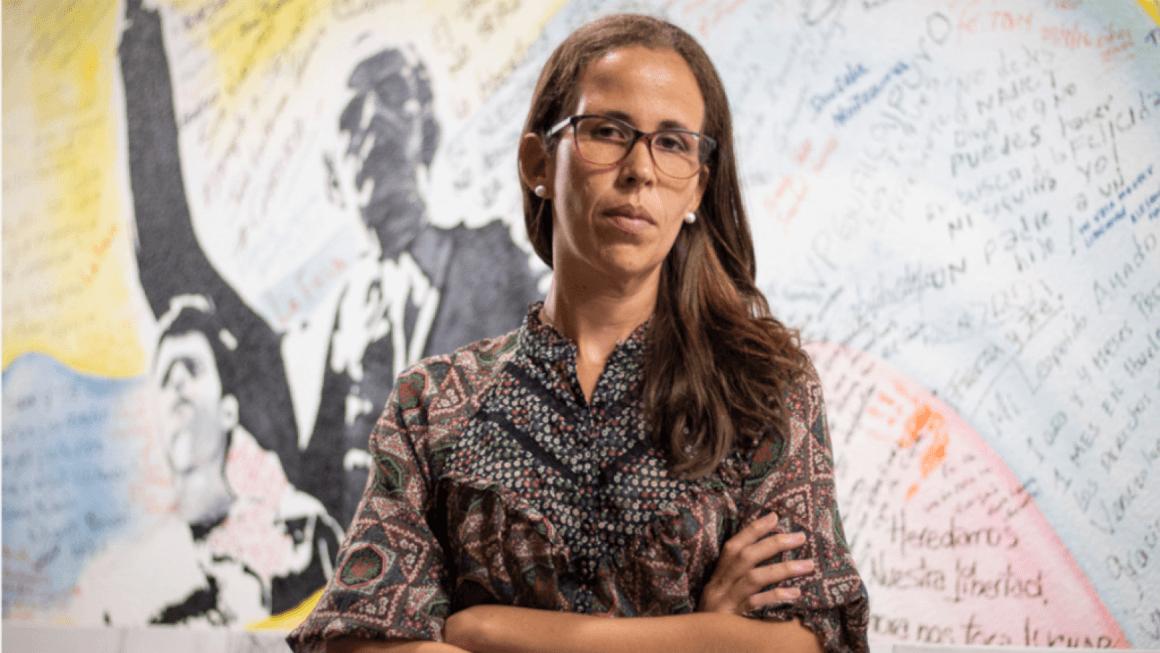"""""""La sociedad civil viene ampliando su trabajo y presencia, a pesar de las persecuciones"""", afirma deputada venezolana Manuela Bolívar"""